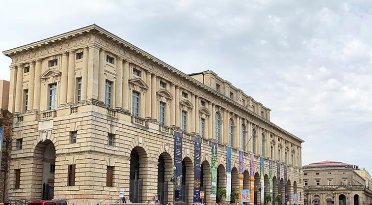 verona city hall, palazzo della gran guardia, verona italy attractions, piazza bra sights, what to see in verona italy