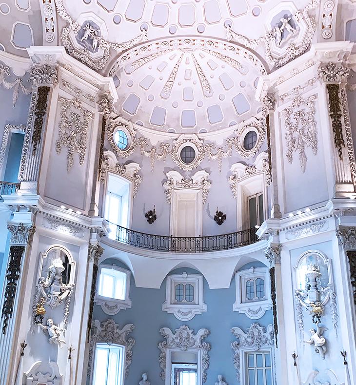 isola bella palazzo, borromean summer palace, ballroom, domed ceiling, borromea palazzo