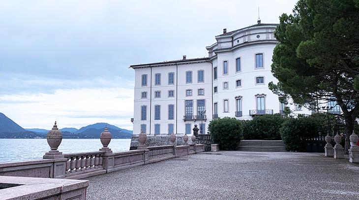 isola bella, boromea palazzo, borromean summer palace exterior