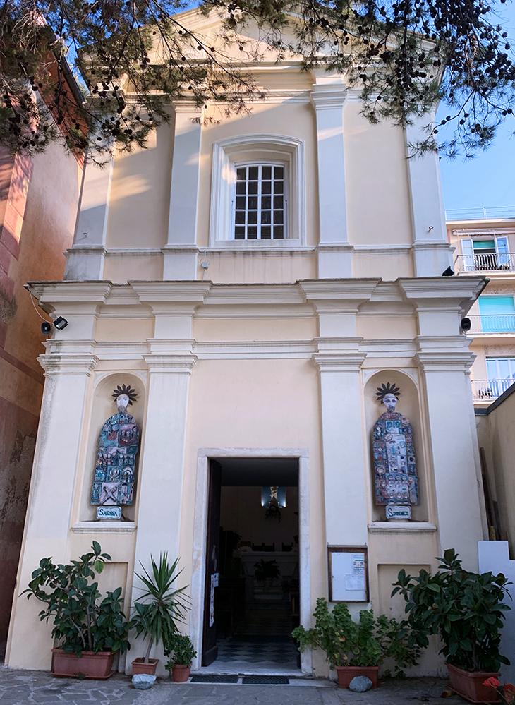 monterosso al mare, cinque terre, chiesa di santa maria nascente, santandrea statue, san domenico statue, things to see in italy, italian riviera