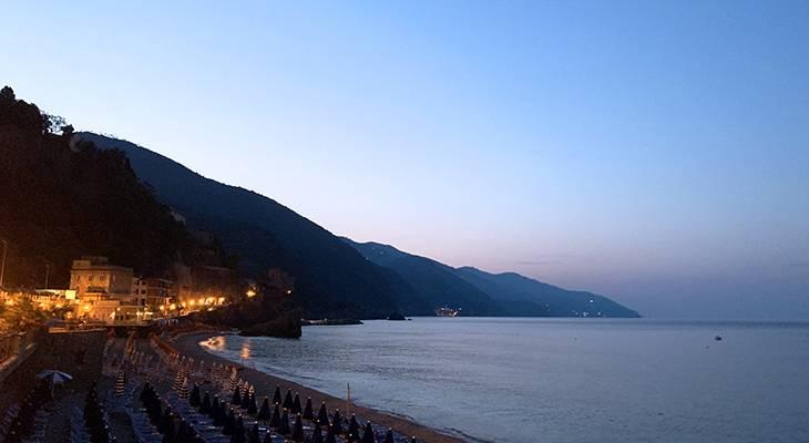 monterosso al mare sunrise, cinque terre, italian riviera, italy scenery, sunset