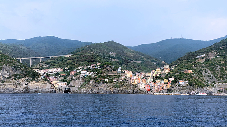cinque terre, riomaggiore, italian fishing villages, painted houses, unesco world heritage, medieval town, harbor