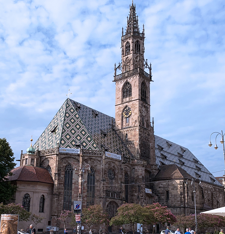 assumption of our lady cathedral, duomo maria assunta, dom maria himmelfahrt, bell tower, bolzano churche bell tower, waltherplatz cathedral, piazza walther von der vogelweide church,