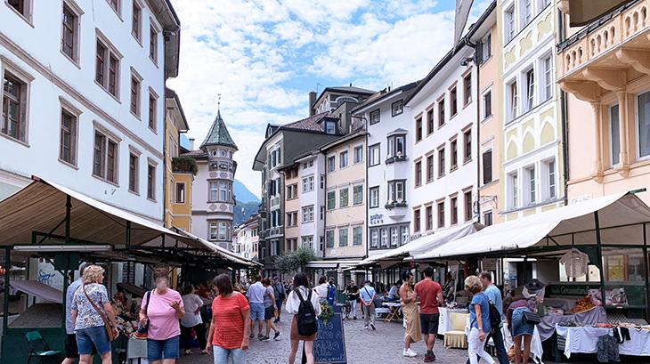 bolzano italy, piazza delle erbe, bozen market, historic buildings
