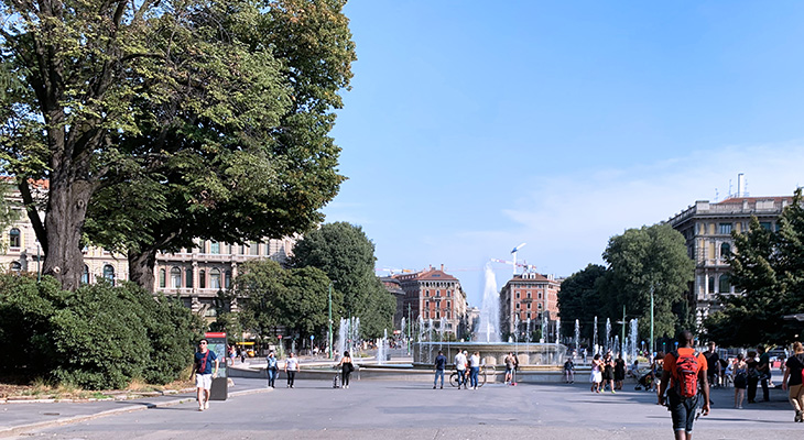 sforza castle fountain, castello sforzesco, milan italy fountain, piazza castello fountain, foro bonoparte buildings, neoclassical architecture, georgian style architecture, things to see in milan, what to do in milan,