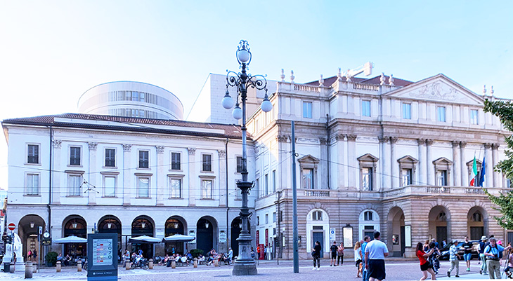 la scala, opera house, teatro alla scala, milan italy, things to see in milan, what to do in milan, neoclassical architecture
