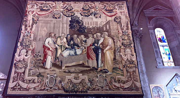 como cathedral, duomo di como, cattedrale di santa maria assunta, como church tapestries, dormition of the virgin tapestry, 1500s tapestry, lake como, italy, things to see in como, what to do in como