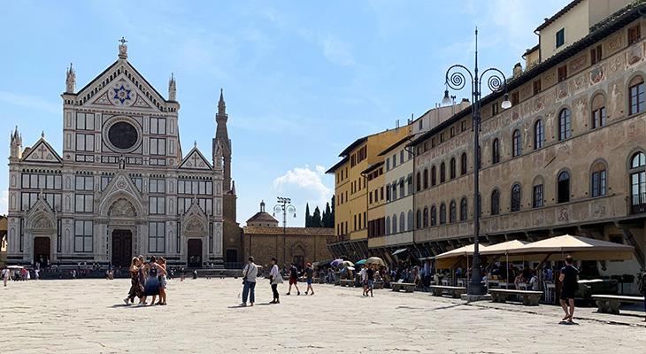 basilica di santa croce, piazza di santa croce, franciscan church, niccolo matas, jewish architect, star of david, palazzo dell antella, frescoes, florence italy, northern italy, firenze,
