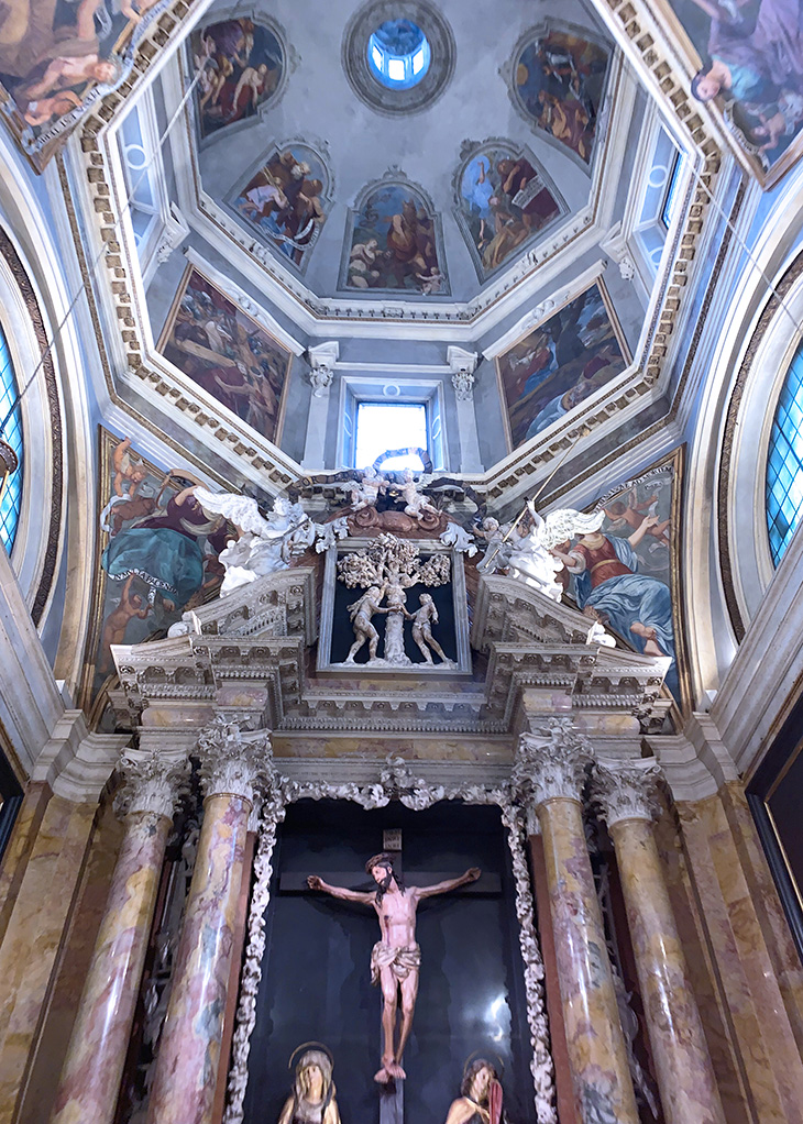 cathedral of san vigilio interior, trento duomo, cattedrale di san vigilio, basilica of saint vigilius, trento italy, adige valley, northern italy, what to see near trento, what to do in trento, trentino, alto adige,