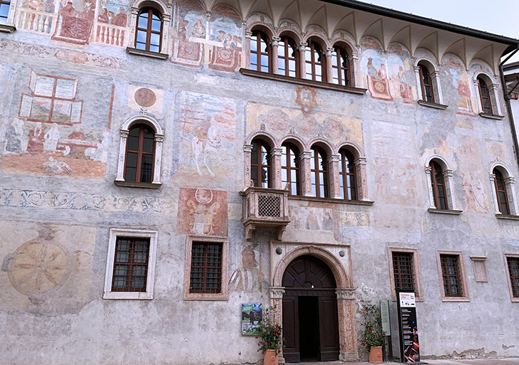 palazzo geremia, medieval frescos, via rodolfo belenzani, trento italy, adige valley, northern italy, what to see near trento, what to do in trento, trentino, alto adige,