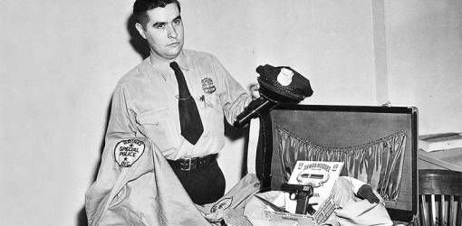 great brinks bank robbery, january 1950 brinks heist, private john norris, suitcase evidence, brinks guard uniform, police investigation, crime of the century