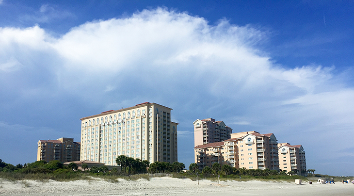 myrtle beach, south carolina, condos, retirement living, condominium, apartments, why condos are great for retirement, benefits of condominium living, low maintenance housing, retirees