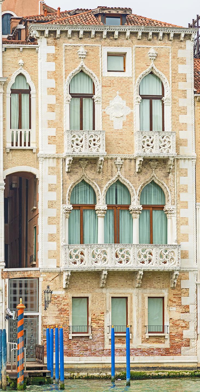grand canal palaces, venice italy, palazzo contarini fasan, casa di desdemona, desdemona's house, historic palaces, contarini family, shakespeares othello, the moor house,