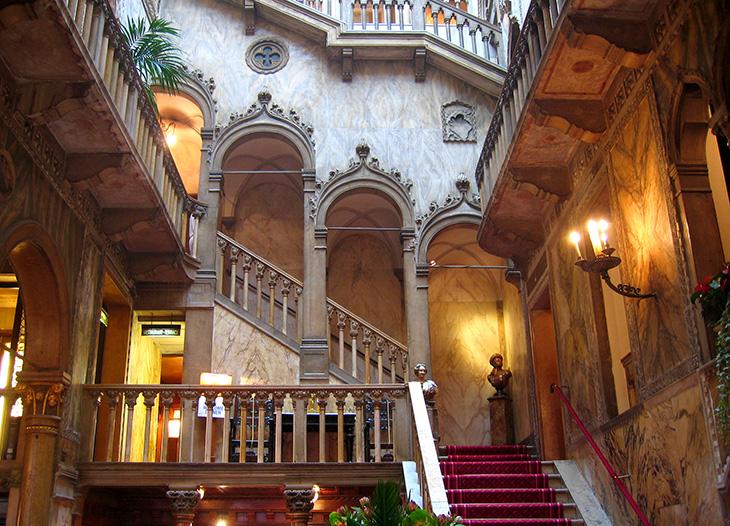 royal hotel danieli, palazzo dandolo, venice italy, venetian lagoon, dandolo family palace, palazzos, palace interior, lobby