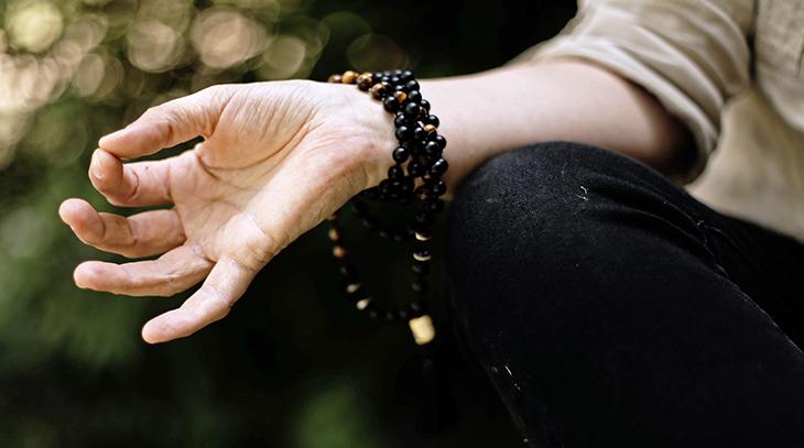 reduce stress levels, meditation, ohms, autogenic training, mindful breathing, relaxation
