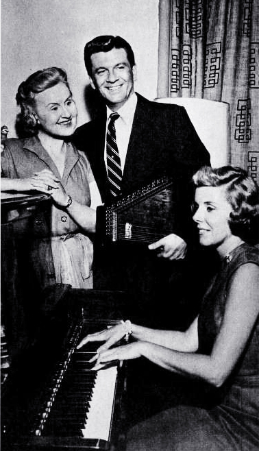 radio series, popular radio shows, ma perkins, american radio actresses, virginia payne, jean gillespie, esther lyle, radio stars, hal hackett, bob lyle,