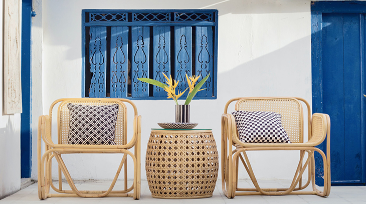 outdoor furniture, wicker chairs, blue accents, accent pillows, home decor, balcony, patio, decorating small spaces