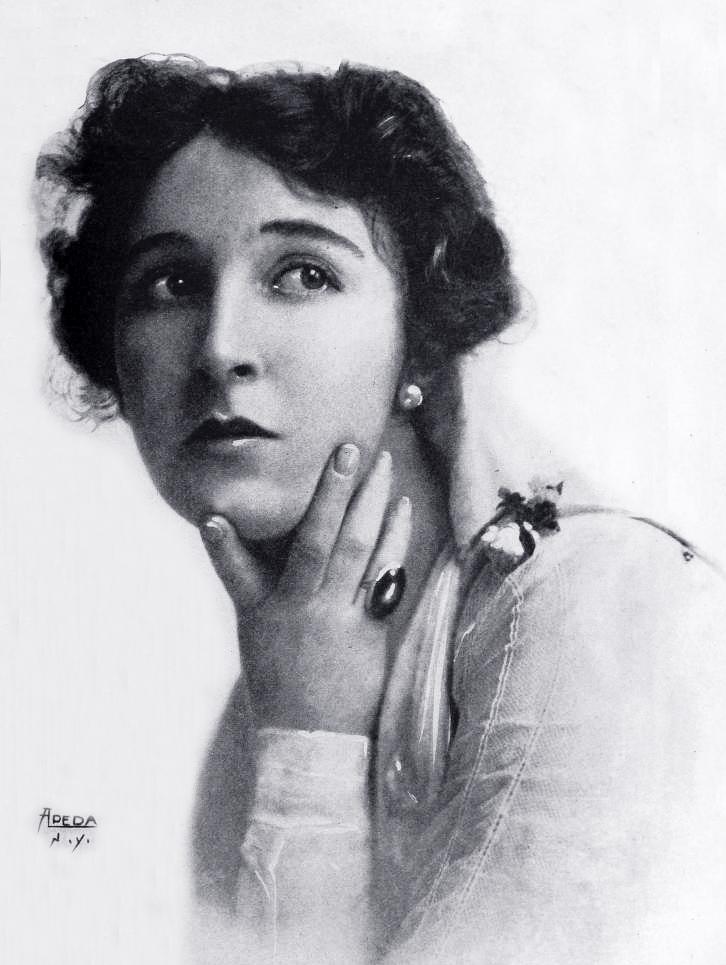 edith storey, billie storey, silent film star, star film ranch, 1917, silent movies, gaston melies company, star film company, vitagraph company of america, actress, leading lady,