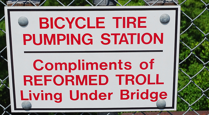 cataraqui trail, bicycle, trail cycling, walk, hike, hiking, tour, eastern ontario, explore, adventure, nature, scenery, tire pumping station, troll, chaffeys locks