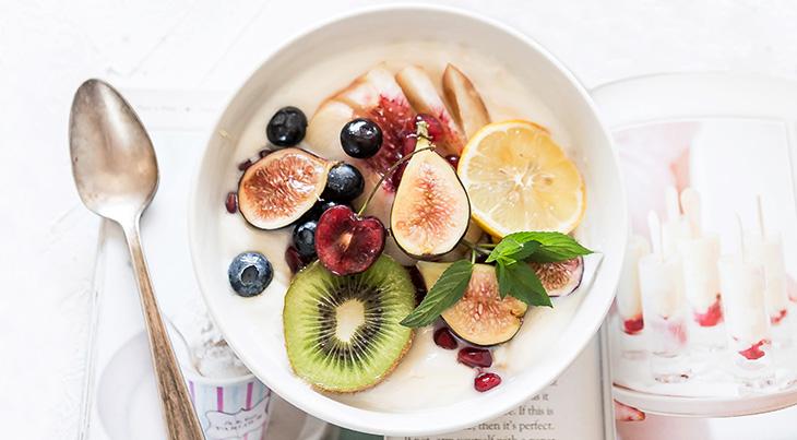 kiwi, blueberries, fruits, healthy eating, good foods, nutrition, diet,