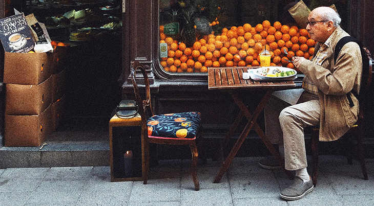senior citizen, older man, adult, cafe, delicatessen, restaurant, oranges, nutrition, diet, meals, food