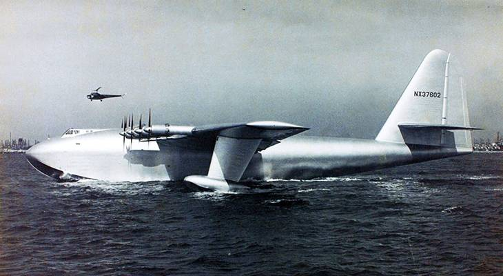 spruce goose, hughes h4 hercules, howard hughes, flying boat, wwii, airplanes, innovative planes, air transportation, wooden airplane, helicopter, hughes aircraft company, flight, pioneer, aviator, aeronautic