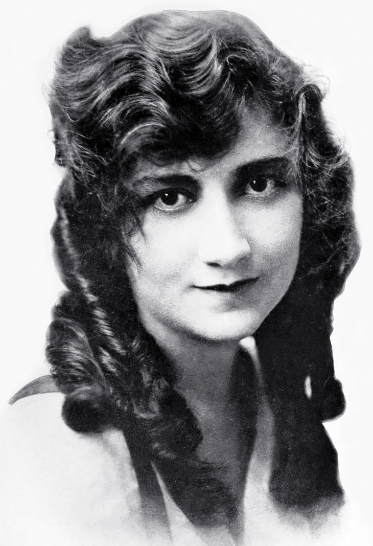 mary fuller, american actress, 1915, silent movies, 1910s films, elektra, the house of the seven gables, hepzibah pyncheon, the witch girl, dolly of the dailies, under southern skies, screenwriter