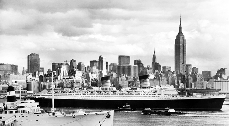 rms queen elizabeth, cunard ships, ocean liner, luxury, cruise ships, biggest ships, new york city, world war ii, troopships