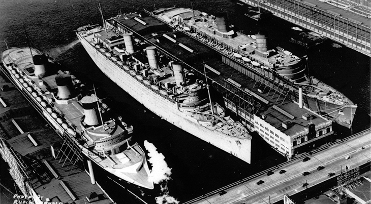 1940, march, rms queen elizabeth, cunard ships, ocean liner, luxury, cruise ships, biggest ships, new york city, harbour, world war ii, troopships, rms queen mary, ss normandie