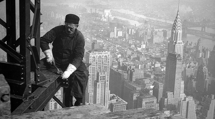 empire state building, manhattan, 350 fifth avenue, new york city, worlds tallest building, iconic, art deco, skyscraper, office tower, city lights, lit up, construction workers, 1941,